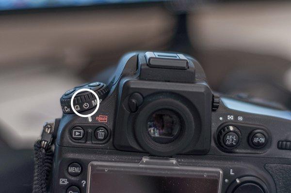 چگونه به جای استفاده از ریموت کنترل شاتر از تایمر دوربین استفاده کنیم