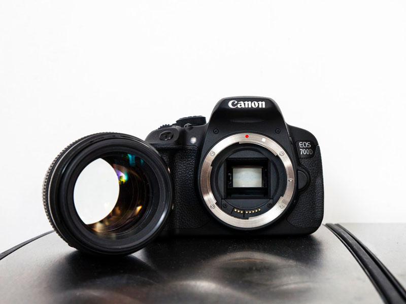 باز و بسته کردن لنز در دوربینهای SLR چگونه است ؟